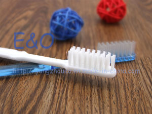 Disposable Cheap Hotel Toothbrush with Toothpaste pictures & photos