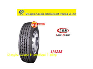 Long March/ Roadlux Radial Truck Tyre pictures & photos