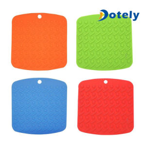 Square Silicone Hot Pads for Kitchen Table Mats pictures & photos