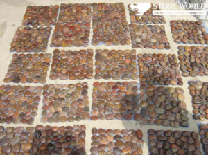 Red Pebble Tile on Mesh pictures & photos