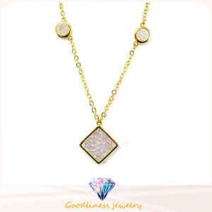 2017 Fashionable 925 Silver Necklace for Women White CZ Necklace (N6782) pictures & photos