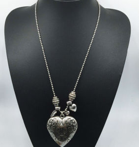 Big Ccb Heart Long Chain Necklace (XJW13768) pictures & photos