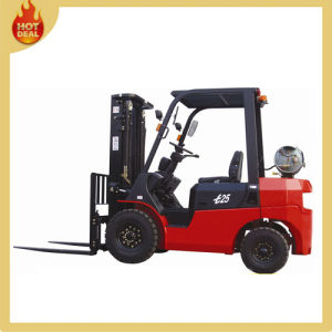2.5ton 4 Wheels Automatic Diesel LPG Truck Forklift pictures & photos