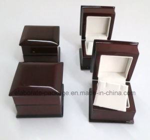 Piano Finish Lacquer Wood Earring Box pictures & photos