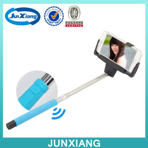 Wholesale Wireless Bluetooth Mobile Phone Selfie Sticks for Mobile Phone pictures & photos