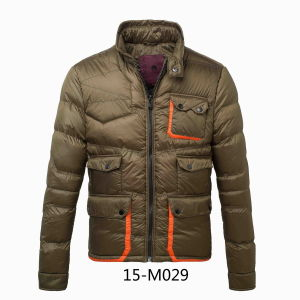 Men′s Contrast Pocket Winter Padding Jacket (15-M029) pictures & photos