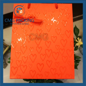 Customized White Card UV Printing Packing Gift Bag (DM-GPBB-171) pictures & photos