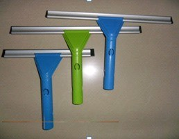 Cxql-0004 Window Squeegee pictures & photos