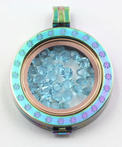 Special Gift to Stamped Your Memory with Our Rainbow Locket pictures & photos