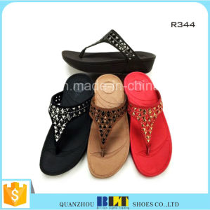 Newest Women Slipper Womens Summer Slippers pictures & photos