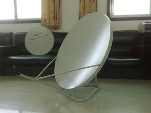 Ku-Band Satellite Antenna 75cm with Grount Mount pictures & photos