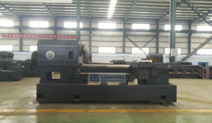 CK6152E CK6165E One Piece Cating Flat Bed Heavy Duty CNC Lathe Machine pictures & photos