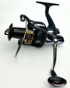 Good Quality Worm Shaft Oscillation System Fishing Tackle Spinning Fishing Reel pictures & photos