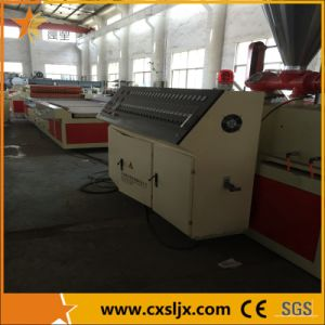 Different Width WPC Decking Board Machine pictures & photos