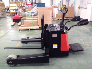 Cheap 2.0ton Battery Straddle Pallet Truck Price pictures & photos