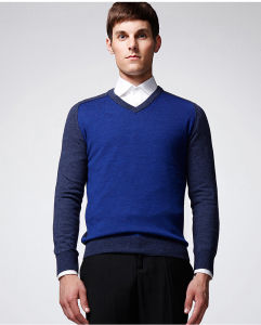 Long Sleeve Pure Colour V Neck Pullover Man Sweater pictures & photos