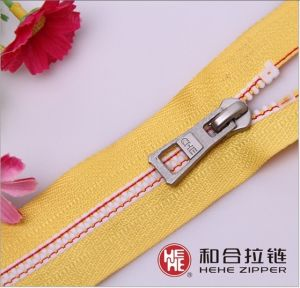 Nuguard Zipper 5#Derlin Yellow Tape pictures & photos