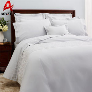 100% Polyester Hotel Microfiber Quilt, White Comforter Set pictures & photos