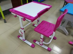 Classroom Furniture Kids Plastic Desk Set with PP Chair pictures & photos