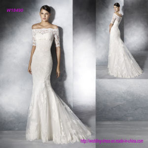 Elegant off Shoulder Trasparent Lace Back and Half Sleeves Wedding Dress pictures & photos