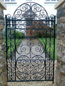Arts and Crafts Wrought Iron Gate for Garden pictures & photos
