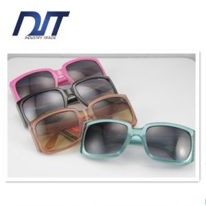 Customized OEM High Quality Colorful Ladies Polarized Sport Sunglasses
