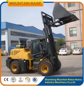 Lifting Equipment Cpcy35 Weifang Rough Terrain Forklift in Forklifts pictures & photos