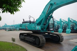 Sk330-6e Arm, Boom, Bucket Cylinder of Kobelco Excavator pictures & photos