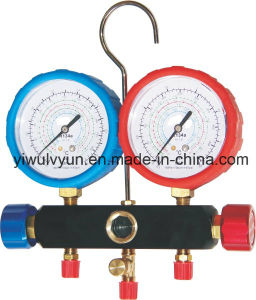 Al Valve Body Manifold Gauge Set with 80mm Gauge pictures & photos