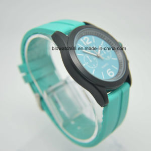 Custom Made Silicone Wrist Watch for Promotion Gift pictures & photos