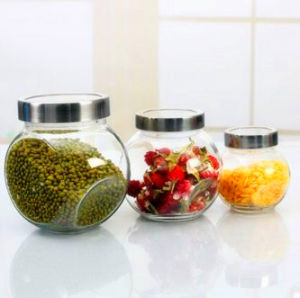 Food Grade Candy Dry Fruit Glass Jar with Seal Lid pictures & photos