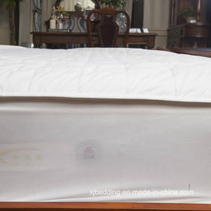 Quilted Cotton Mattress Pad Fitted Sheet pictures & photos