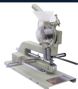 Long Arm Manual Eyelet Binding Machine (HS09) pictures & photos
