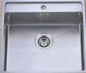 High Quality Stainless Steel Handmade Kitchen Wash Sink (KHS2021) pictures & photos