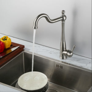 Europe Style Stainless Steel Swivle Sink Tap pictures & photos