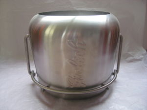 Super Quality Stainless Steel Ice Bucket pictures & photos