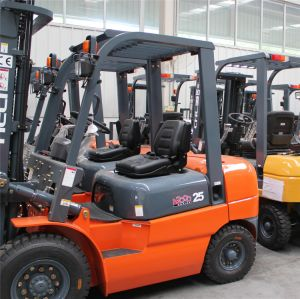 New 2/2.5/3/4/5/7/10 Ton Heli Forklift Made in China pictures & photos