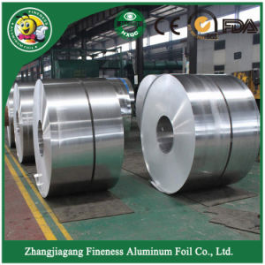 High Quality Household Aluminum Foil in Jumbo Roll pictures & photos