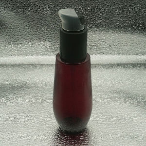 100ml Hot Sale Cosmetic Plastic Bottle with Pump Spray pictures & photos