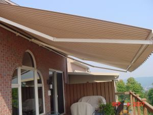 Chinese Professional Manuacturer for Retractable Awning pictures & photos