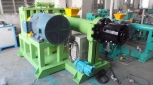 Qingdao Eenor Silicone Rubber Extruder Machine/Hot Feed Rubber Extruder pictures & photos