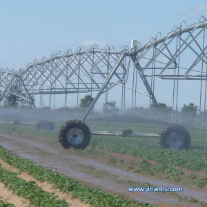 Chinese Modern Agriculture Center Pivot Irrigation Equipment System with Diesel Generator and Pump for Sale pictures & photos