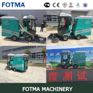Four Wheel Diesel Garbage Bin Automatic Road Sweeper pictures & photos