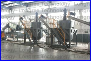 Pet Bottle Crushing Washing Recycling Line with 1000kg/H pictures & photos