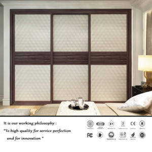 High Quality 3 Door Sliding Wardrobe (FY1254) pictures & photos