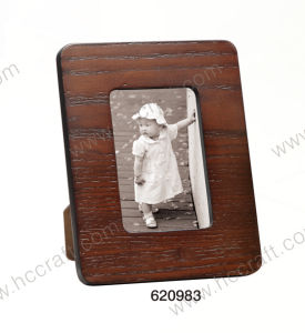 MDF Veneer Photo Frame for Home Decor. pictures & photos