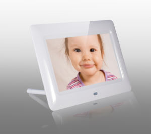 7inch Video Digital Photo Frame pictures & photos