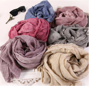 Wholesale Cotton Polyester Plain Color Long Fashion Lady Shawls Embroidery Scarf pictures & photos