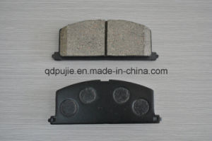 OE 04465-21010 Ceramic Car Brake Pad for Toyota pictures & photos