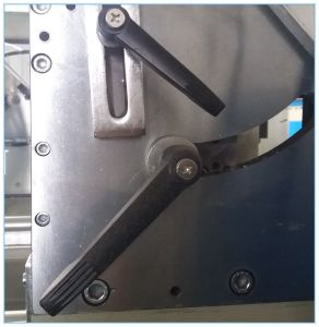 CNC Double Head Cutting Saw for PVC Door & Window pictures & photos